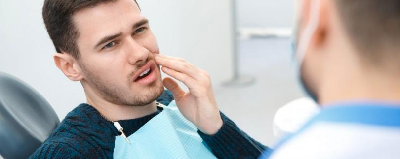 ¿Puede una infección sinusal causar dolor de muelas?
